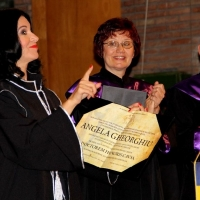 Angela Doctor Honorius Causa (2) online