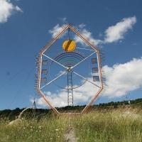 Monumentul de la Tăușeni este cea mai mare lucrare de landart din țară