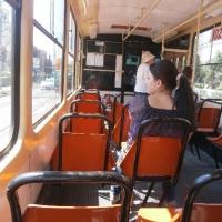 Interiorul unui tramvai/Foto: Radu Bărăian