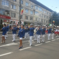 parada-sarbatoarea-castanelor-2013-2