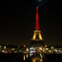 Eiffel_Tower_with_Belgium_colors