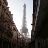 turnul vazut din oras