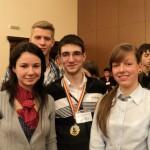 Alexandru Bolunduț (centru),   un olimpic multipremiat la Biologie