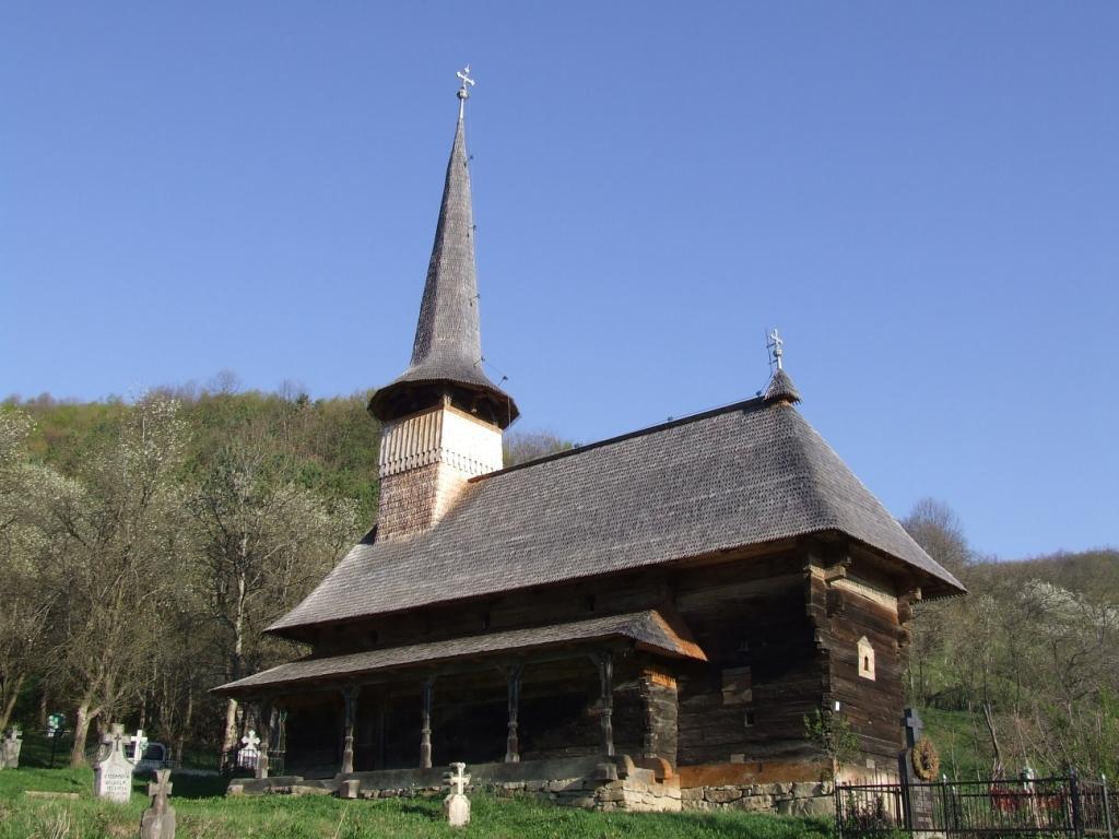 Biserica de lemn din Racâș,   județul Maramureș / Sursa foto: ecomunitate.ro