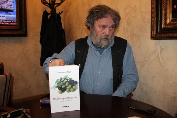 Cel mai recent volum al scriitorului Alexandru Vlad