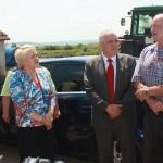 Ministrul Lucia Varga a inspectat sâmbătă digul de la Dobra. Foto: Vasile Mihovici