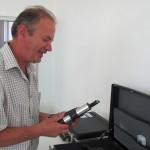 Proprietarul clinicii,   Lucian Groza,   este specializat în analize toxicologice