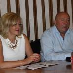 Europarlamentarul Corina Creţu a susţinut luni o conferinţă de presă alături de primarul Dorel Coica