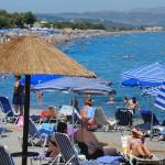 Plajele din Grecia rămân atractive pentru maramureșeni. Foto: despre-grecia.ro
