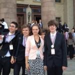 Elevii români au obţinut trei medalii de argint şi o medalie de bronz
