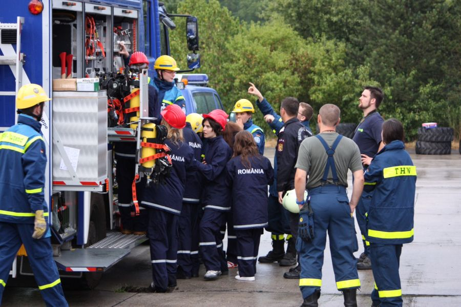 Voluntari români în timpul exercițiului/ Foto: Cristina Beligăr