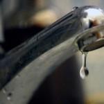 Contractul de furnizare a apei încurajează rău-platnicii