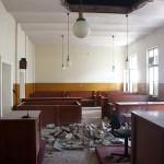 Tavanul s-a prăbușit cu cinci minute înainte de a începe şedinţa de judecată