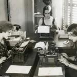 Maşina de scris,   cândva instrument indispensabil pentru ziarişti