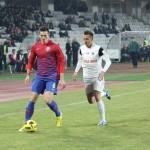 Florin Gardos (foto,   la minge) a făcut un meci excelent contra Legiei Varsovia/ FOTO Dan Bodea