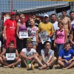 Participanţii la Cupa Presei la beach volley / Septimiu Avram