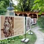 """""""Fețele Clujului"""" pot fi văzute în curtea interioară a Muzeului Etnografic"""