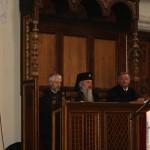 În premieră națională,   episcopul greco-catolic (Florentin Crăhmăliuc -stânga),   episcopul ortodox (ÎPS Andrei Andreicuț- centru) și episcopul reformat (Reinhart Guib- dreapta)  au oficiat o slujbă ecumenică,   la Biserica Evanghelică din Bistrița.