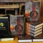 """Versiunea în limba română a volumului """"Inferno"""" este disponibilă la preţul de 69 lei/Foto: Dan Bodea"""
