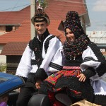 Sărbătoarea nunţii în Ţara Oaşului şi porturile tradiţionale de nuntă sunt printre cele mai spectaculoase din România
