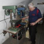 Martin Ohler în micul său atelier din complexul Sugălete