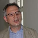 Directorul Fresenius România, Alexandru Cioran susţine că centrul de dializă de la Dej rămâne deschis