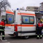 Copilul a fost transportat la spital cu o ambulanţă / sura foto: jurnalul.ro
