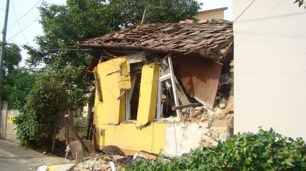 Casa se afla pe Strada Ospătăriei