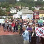Aproximativ 200 de borșeni au protestat joi în fața Spitalului de Recuperare