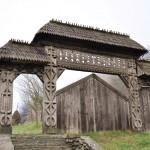 Noua poartă maramureşeană  va fi realizată de sculptorul Teodor Bârsan