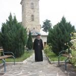 Starețul Emanuil Rus slujește la Mănăstirea Bixad din 1989