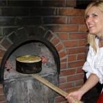 Elena Udrea va participa la slujba de Sfântă Maria de la Rohia