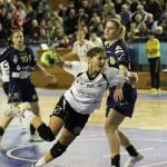 """Handbalistele de la """"U"""" Jolidon arată o creștere de formă,   dar adversarele de sâmbătă,   Corona Brașov,   sunt printre favoritele la câștigarea campionatului/ FOTO Dan Bodea"""