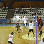 Voleibaliștii de la Universitatea Cluj au obținut o victorie în turneul de la Piatra Neamț