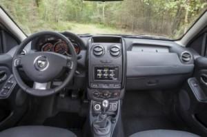 2014-Dacia-Renault-Duster-Pics-Frankfurt-1-3.jpg.pagespeed.ce.ATL7n6ITAH