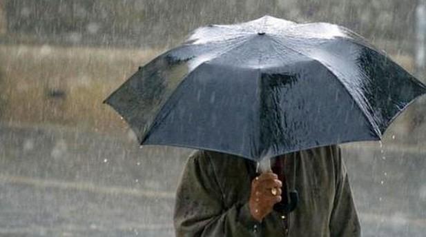 Nu scăpăm de ploi pînă la sfârșitul lunii