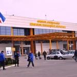 Un zbor anulat şi unul direcţionat la Târgu Mureş în ziua inaugurării