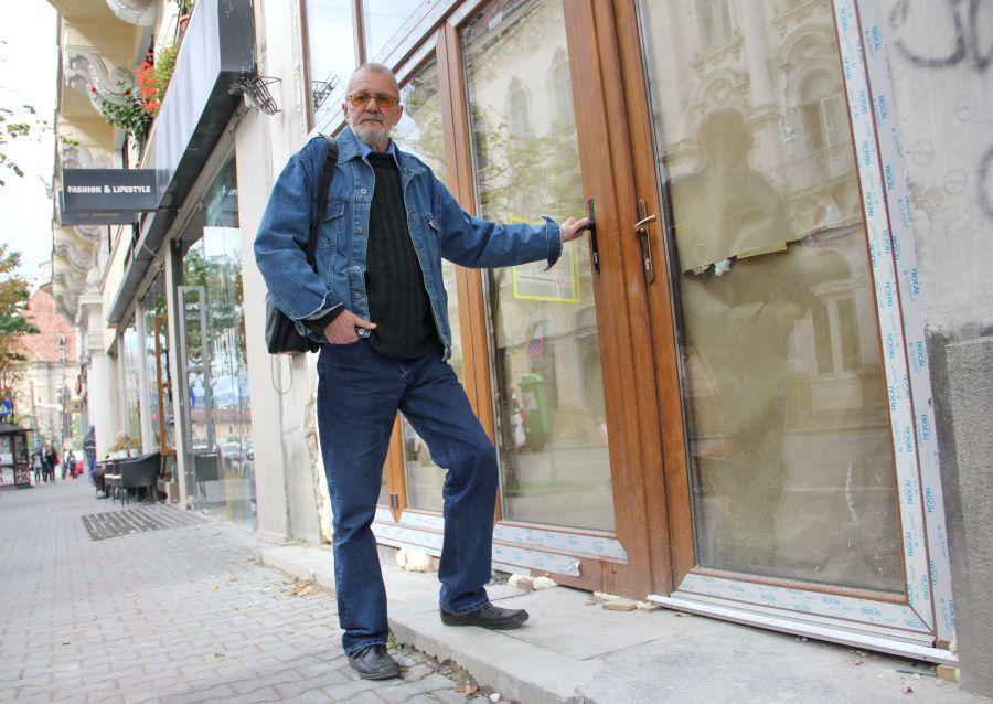 Scriitorul Cornel Udrea şi-a amintit alături de Transilvania Reporter ce înseamna Clujul cultural/Foto: Dan Bodea