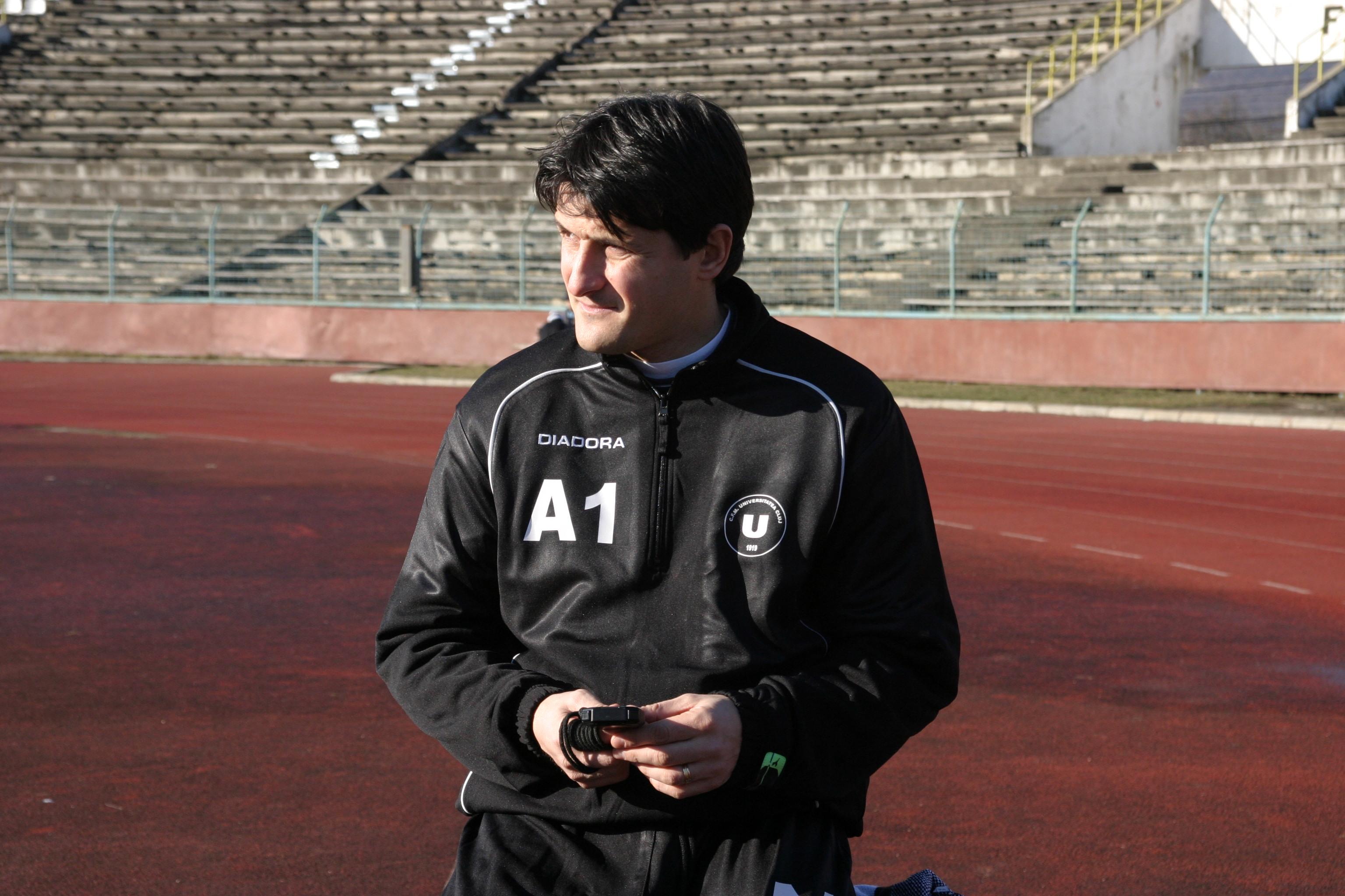 """Fost jucător și antrenor al Universității Cluj,   Adrian Falub (foto) este convins că atât """"U"""" cât și CFR vor fi precaute în derby-ul de duminică seară/ FOTO Dan Bodea"""