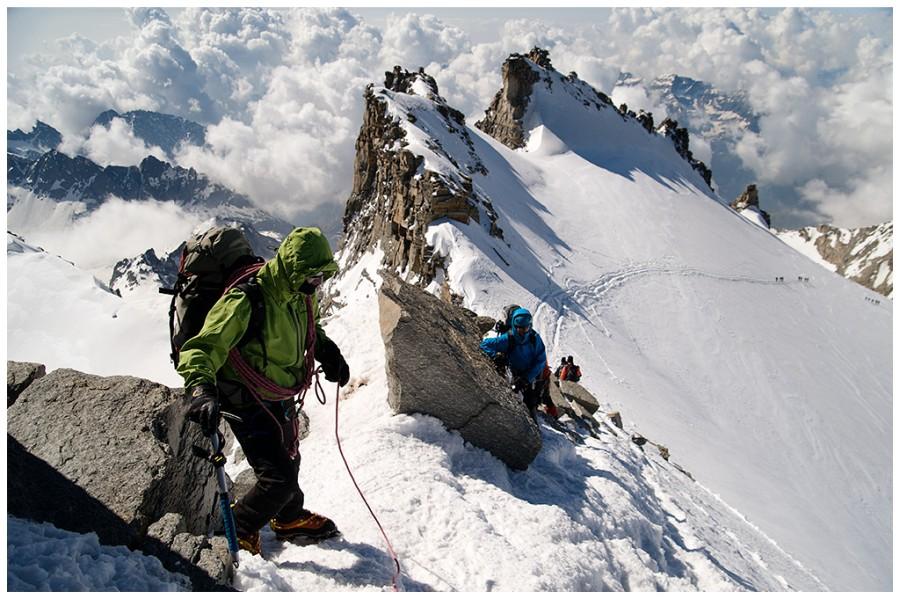 Expediţia Manaslu 8156 m se va încheia în jurul datei de 20 octombrie,   iar efectiv pe munte alpiniştii vor petrece aproximativ 25 de zile/Foto: Mihai Ciama