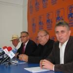 Lucian Bode şi reprezentanţii pălincarilor au suţinut azi o conferinţă de presă