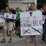 Protestatarii cer parlamentarilor să salveze Roşia Montană