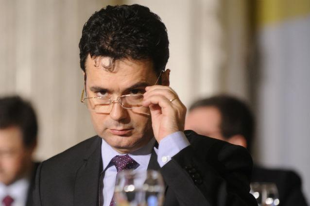 Ministrul Educaţiei,   Remus Pricopie în prima zi de şcoală: fondul şcolii este fraudă si evaziune fiscală