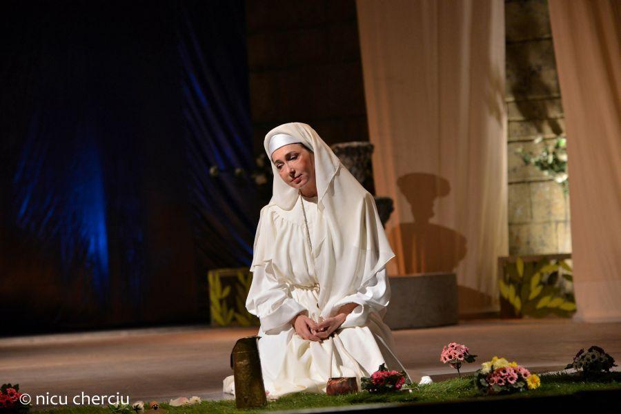 Opera Suor Angelica s-a inscris ca o realizare de seamă a verismului italian/Foto: Nicu Cherciu
