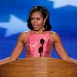 """""""Păpușa Michelle"""" îmbrăcată de o femeie din Negrești Oaș"""