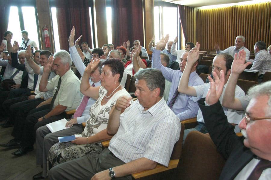 Primării discriminate de Consiliul Judeţean Maramureş