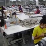 Lipsa de interes pentru școlile profesionale adâncește criza din industria textilă