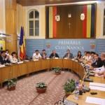 Cinci proiecte de urbanism amânate în Consiliul Local. Primarul Emil Boc ameninţă cu desfiinţarea comisiei pe care el o conduce!