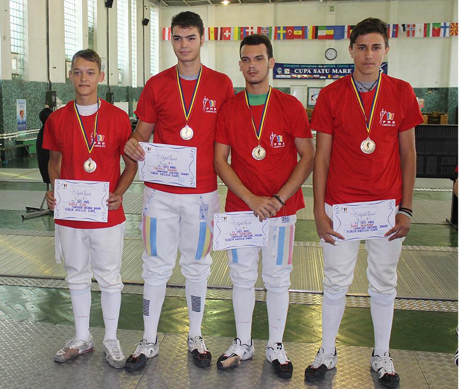 Echipa campioană CS Satu Mare (foto de la dreapta spre stânga: Benjamin Bodo,   Sebastian Flucuş,   Bogdan Dascălu,   Bartok Alpar).