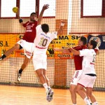 Handbaliştii de la CSM au avut o evoluţie bună în turneul amical din Ungaria